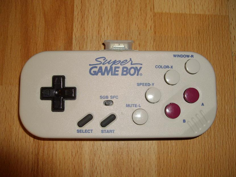 MANETTE DE JEU UNIVERSELLE MVGS2 HORI SUPER GAME BOY MODEL HSD-07 ( UNIVERSAL RETROGAMING GAME PAD - UNIVERSAL RETRO CONTROLLER )