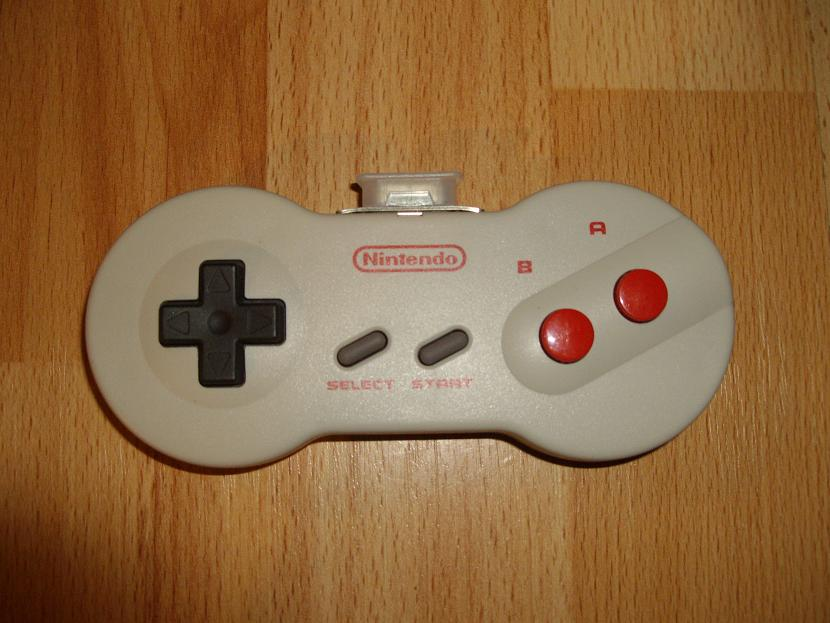 MANETTE DE JEU UNIVERSELLE MVGS2 NINTENDO NES DOG BONE MODEL HVC-102 ( UNIVERSAL RETROGAMING GAME PAD - UNIVERSAL RETRO CONTROLLER )