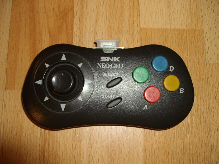 MANETTE DE JEU UNIVERSELLE MVGS2 SNK NEO-GEO CD MODEL 1 ( UNIVERSAL RETROGAMING GAME PAD - UNIVERSAL RETRO CONTROLLER )